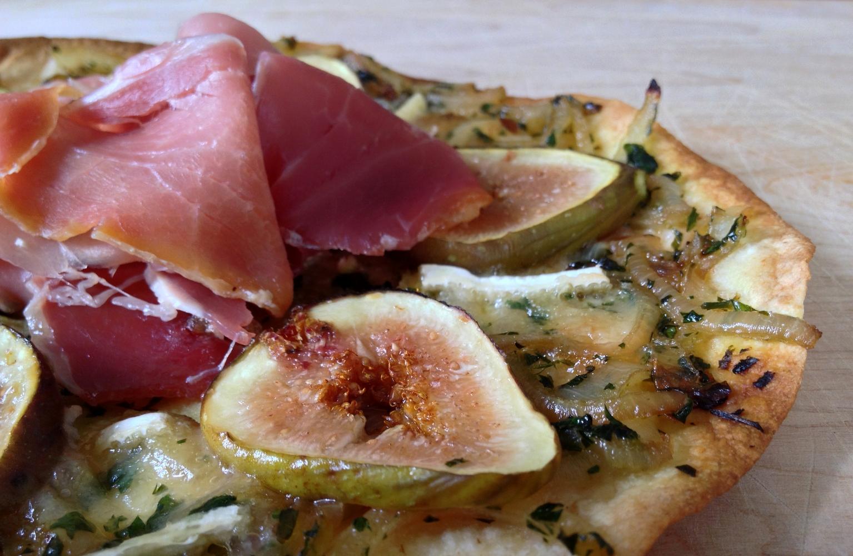 pizza-brie-figues-prosciutto-3