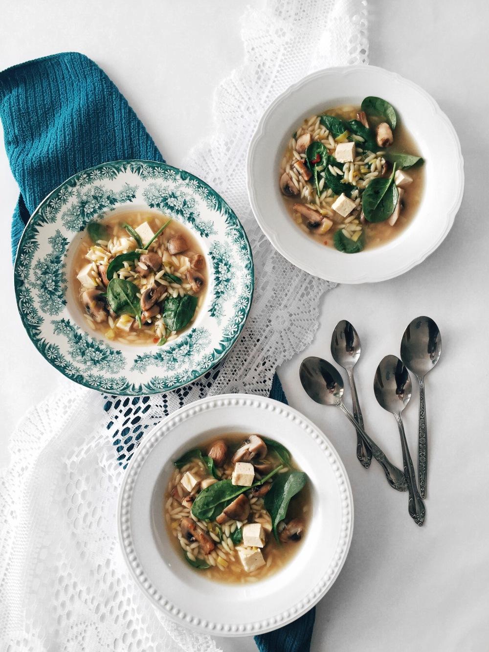 soupe-orzo-epinards-champignon