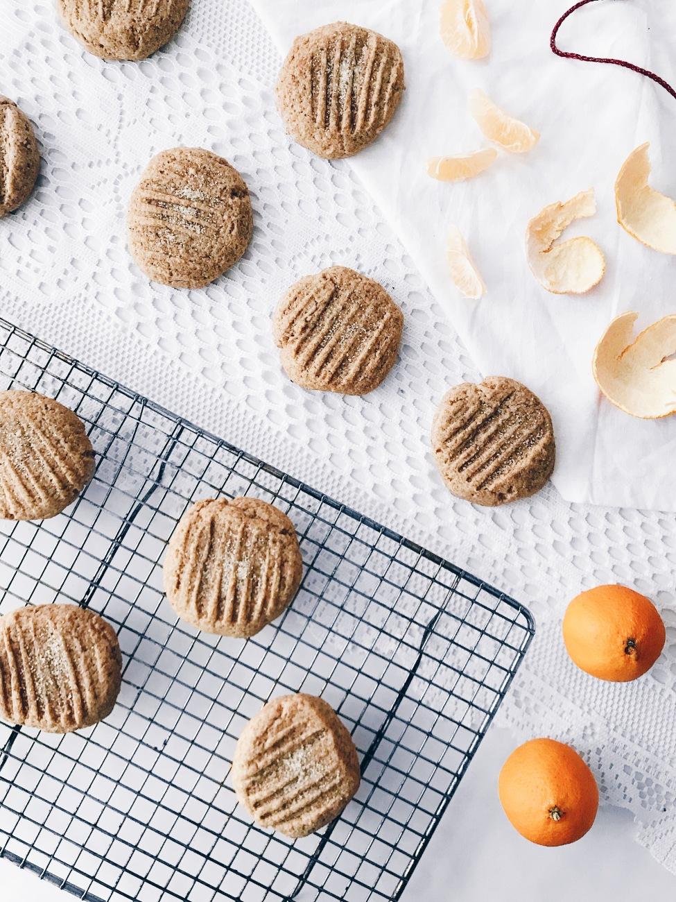 Biscuits véganes au gingembre et aux clémentines