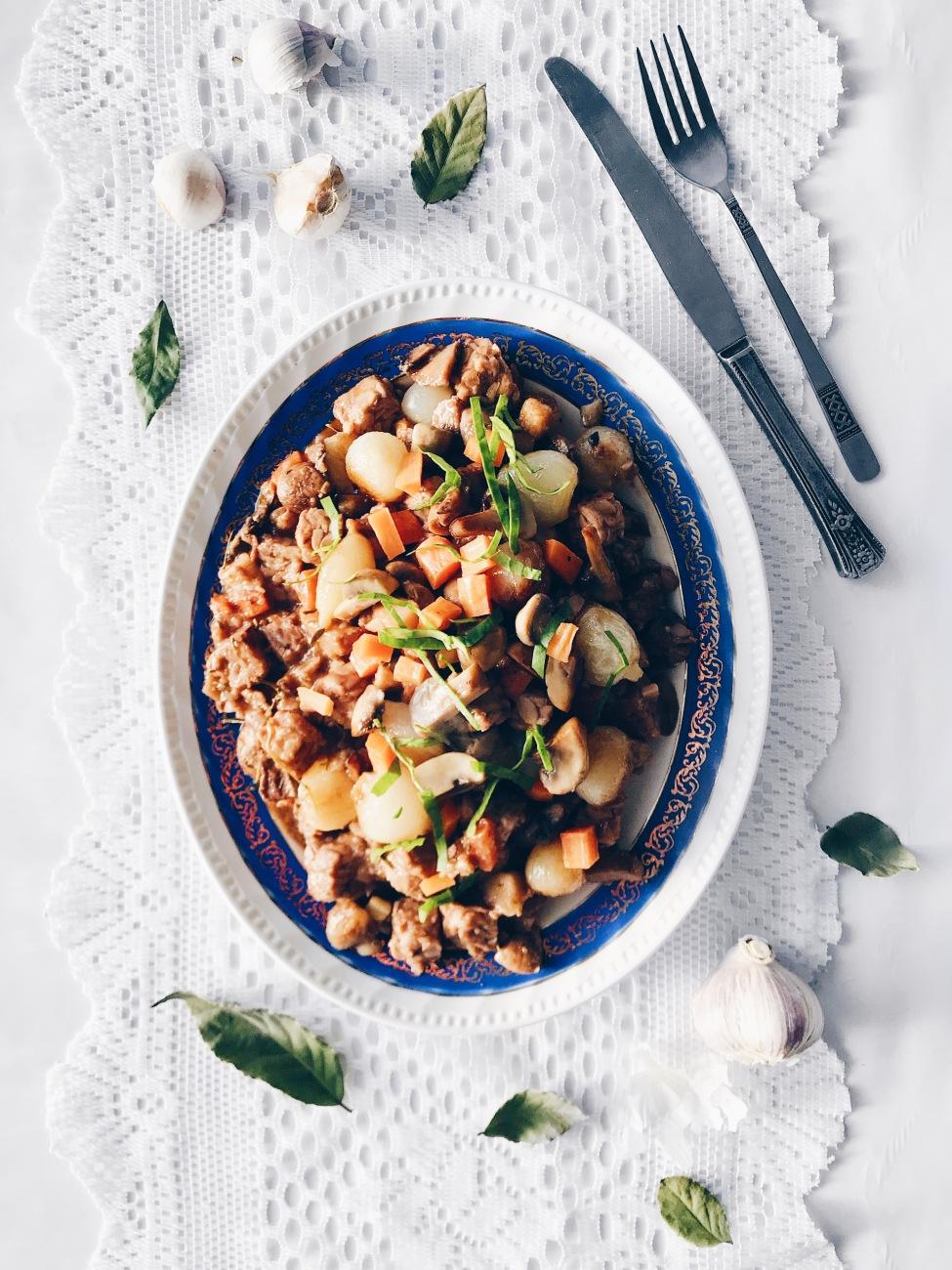 Bourguignon de tempeh et champignons aux légumes