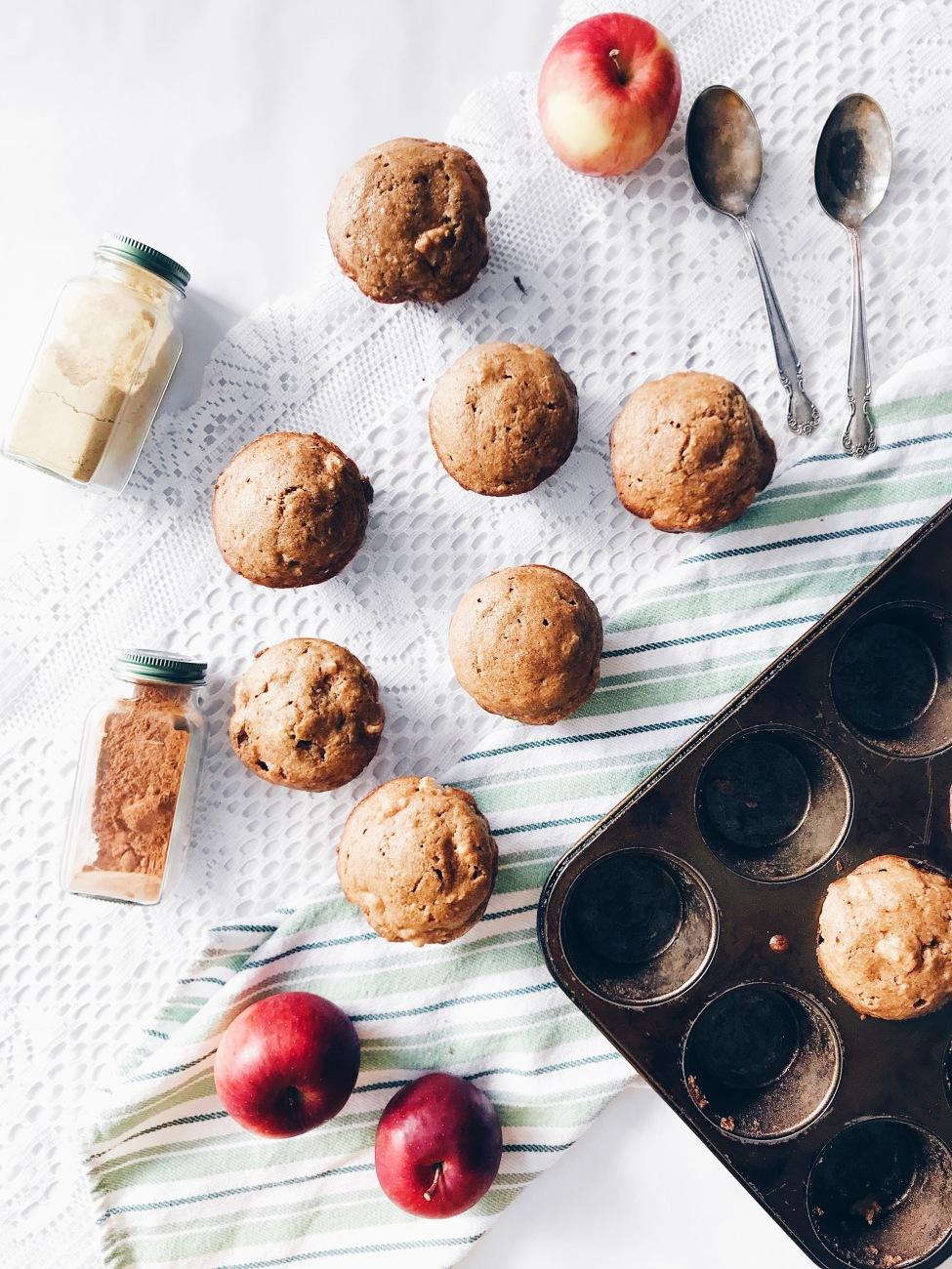 Muffins aux pommes, érable et thé chaï